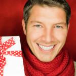 Как заставить мужчину сделать подарок?