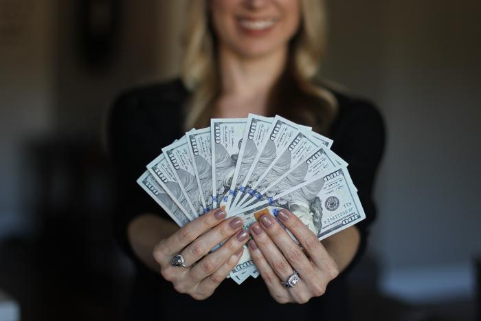веб девушка модель за деньги