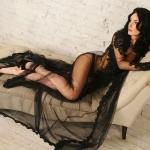 Чёрный пеньюар: лучшие идеи соблазнительных образов для настоящих леди